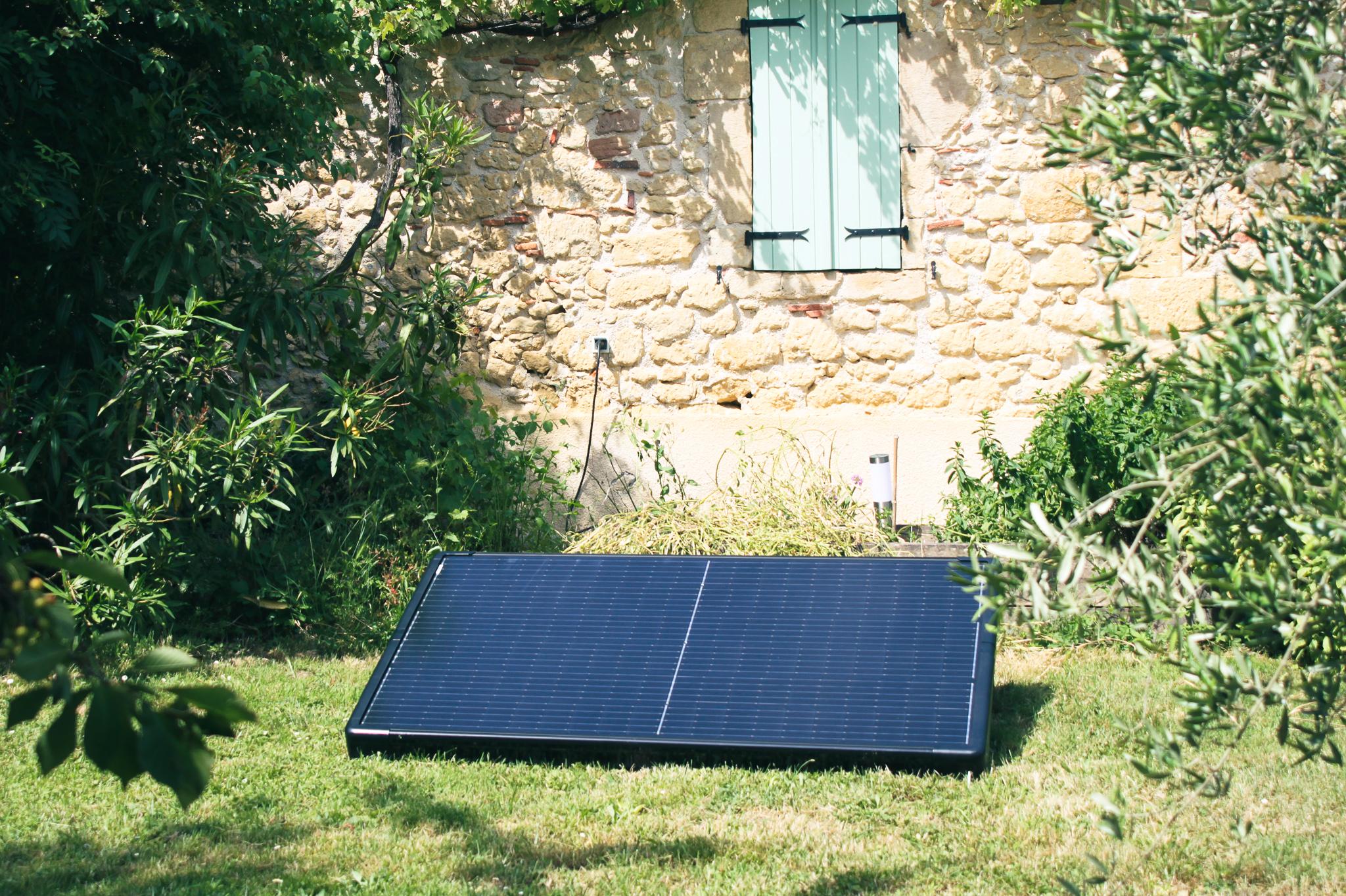 Qu'est-ce qu'un panneau solaire Plug and Play ?